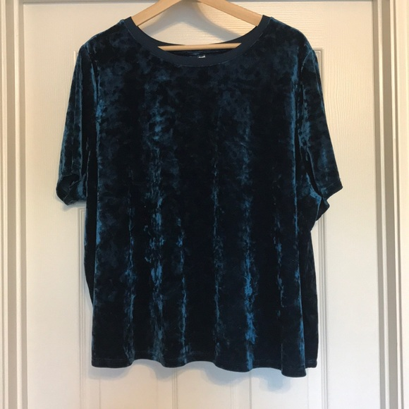 103f0e945d3a4 Ava   Viv Tops - Ava   Viv 3X Crushed Velvet Blue Short Sleeve Top